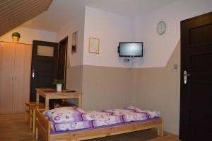 Pokój 4 - osobowy z łazienką i balkonem